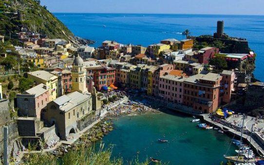 Cinque Terre เป็นหมู่บ้านที่มี ลักษณะแปลกแต่สวยงาม